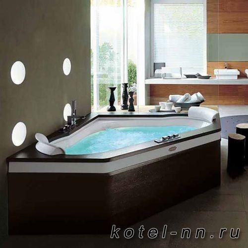 Ванна акриловая пятиугольная Jacuzzi Aura Corner 160 Top  160х160хh60 см гидромассажная R+C угловая, смеситель Aura цвет белый-хром. Топ и панель - Венге