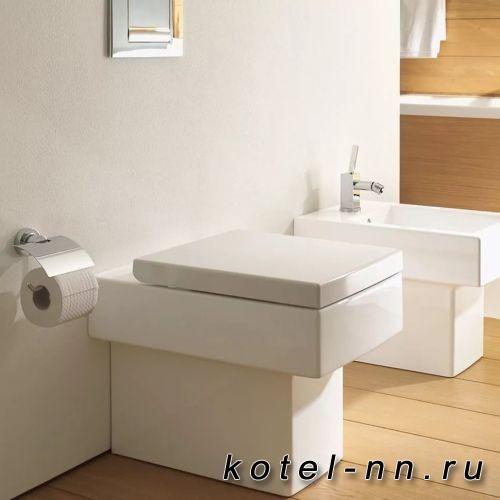 Унитаз Duravit Vero напольный для независимого подключения воды, с вертикальным смывом, 6,0л., 370x570мм, Цвет: белый
