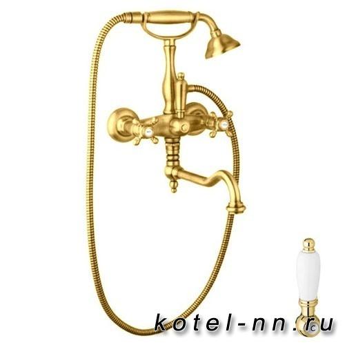Смеситель для ванны Cezares с поворотным изливом и ручным душем, цвет золото